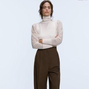 Zara cream coloured fitted sweater